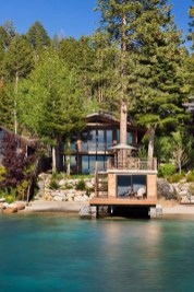 Attractive Lake House Decorating Ideas For You 41