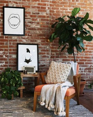 Delicate Exposed Brick Wall Ideas For Interior Home Design 23