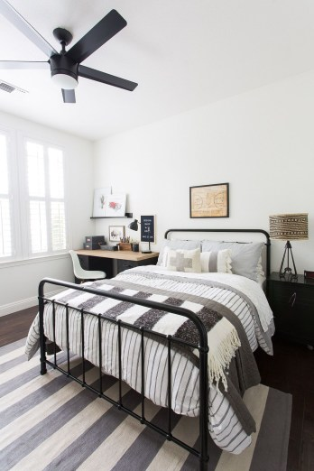 Excellent Teenage Boy Room Décor Ideas For You 42