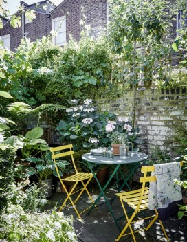Impressive Small Garden Ideas For Tiny Outdoor Spaces 45