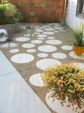 Popular Garden Path And Walkway Ideas To Your Outdoor Space 34