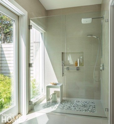 Smart Cape Cod Bathroom Design Ideas For You 42