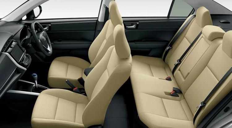 新型(現行)トヨタカローラアクシオの後部座席・ラゲッジ評価まとめ