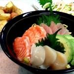 さっぱり美味しい海鮮丼!アボカドも…【簡単家庭料理】