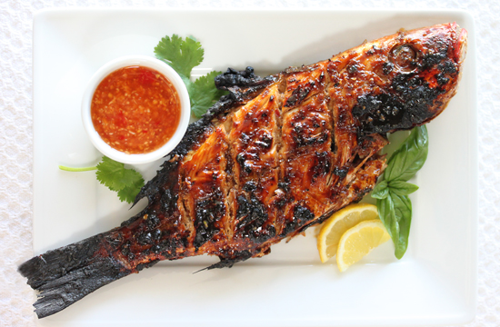 Post image for Grilled Whole Red Snapper with Ginger Sweet Chili Sauce