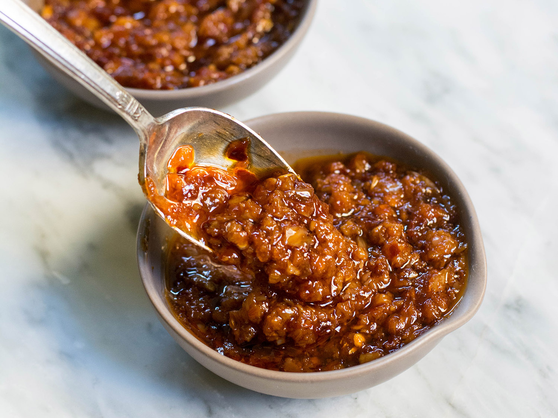 Chili Garlic Paste | cookandsavor.com