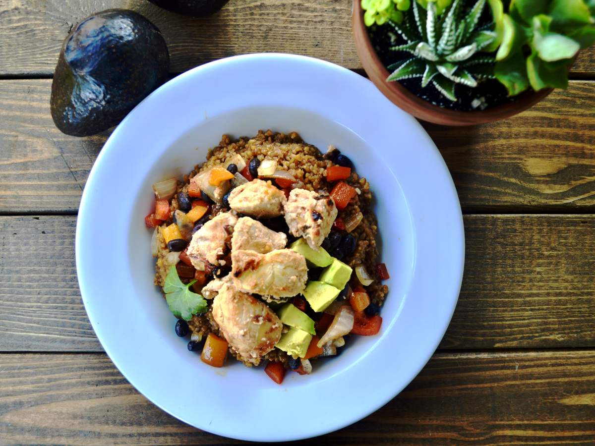 bulgur bowl with spicy chicken