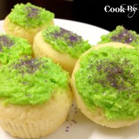 Mountain Dew Cupcakes with Mountain Dew Buttercream Frosting