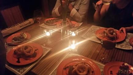 dining-table-w-candles