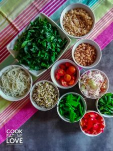 Meal prep made easy includes prepping all your veggies ahead to make the assembly much quicker.