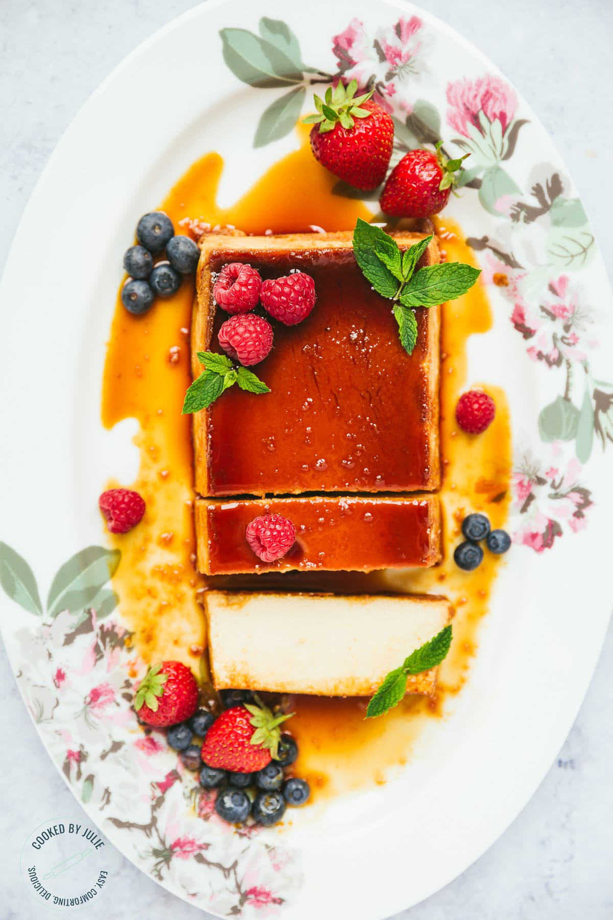 Flan From Scratch : scratch, Creamy, Caramel, Recipe, (Video), Cooked, Julie
