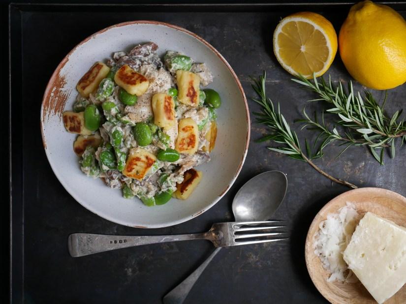 Homemade gnocchi met tuinbonen, paddestoelen en citroen roomsaus    cooked by Renske