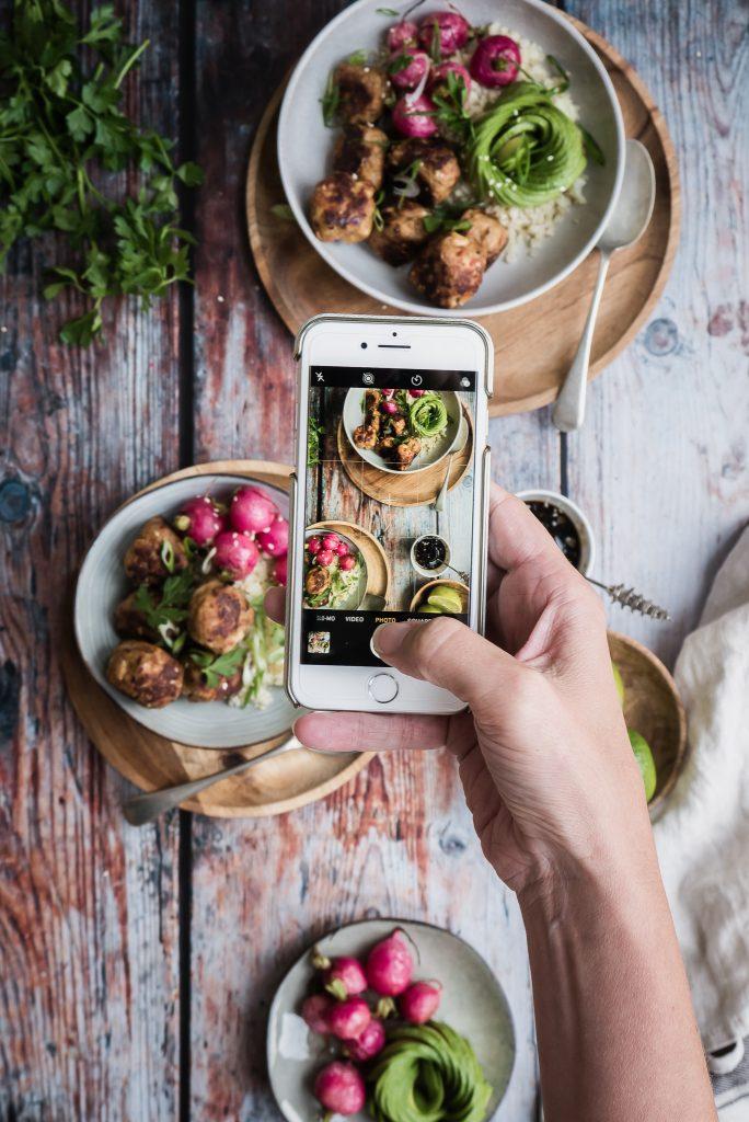 Thaise kipballetjes met bloemkoolrijst || cooked by Renske
