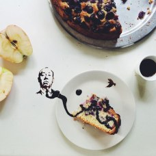 Giulia Bernardelli food art - Hitchcock face