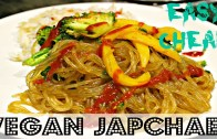 QUICK DINNER: EASY VEGAN JAPCHAE – Korean Glass Noodle – Cheap Lazy Vegan