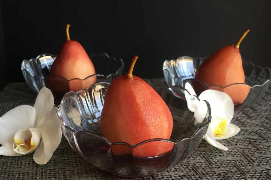 Instant Pot™ Spiced, Poached Pears in Red Wine | cookglobaleatlocal.com