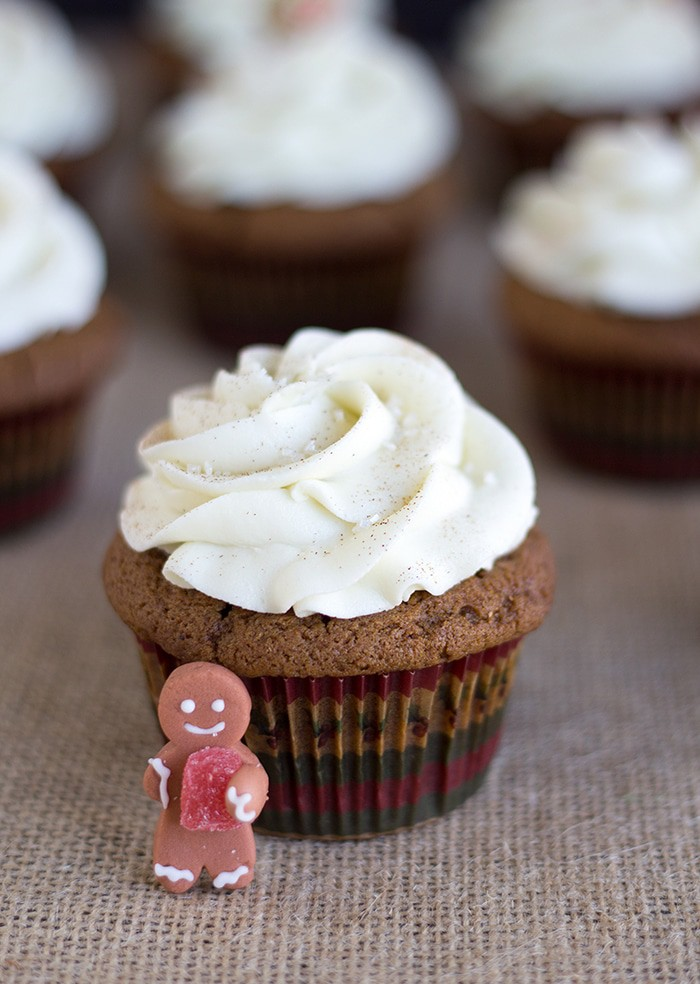 Gingerbread Cupcakes with White Chocolate Frosting - gingerbread cupcakes that are spiced up with loads of ginger and cinnamon then topped with heavenly white chocolate frosting.