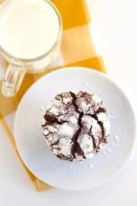 Chocolate Crinkle Cookies - Rich, fudgy crinkle cookies baked to a soft cookie perfection!