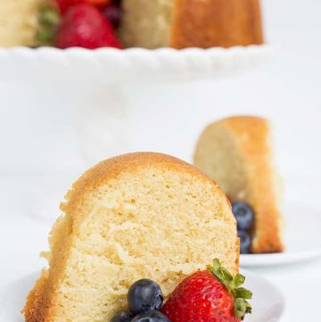 slice of vanilla pound cake with fresh berries