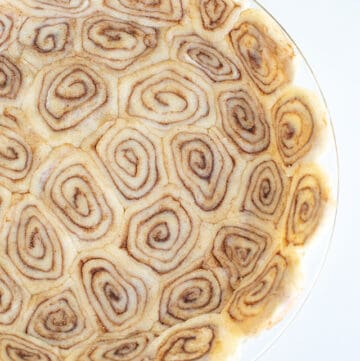 cinnamon roll pie crust pressed into a pie plate
