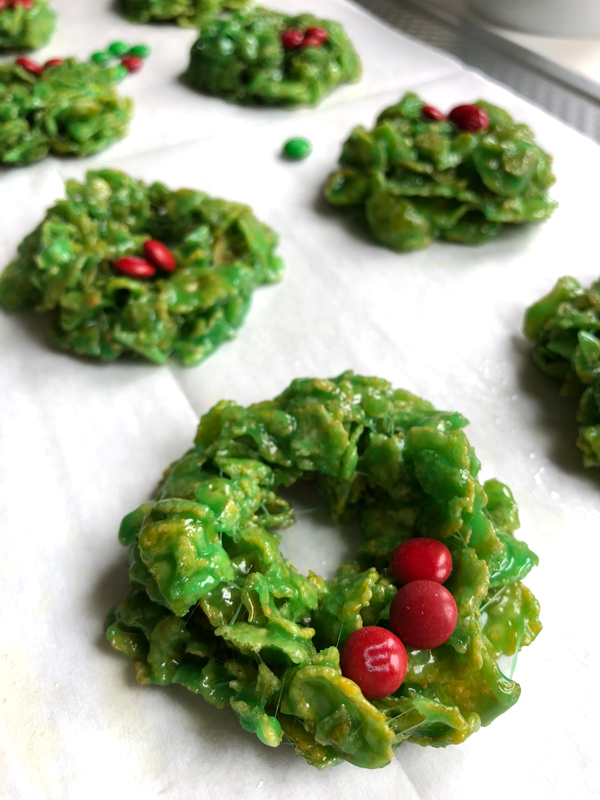 Marshmallow Christmas Wreath Treats