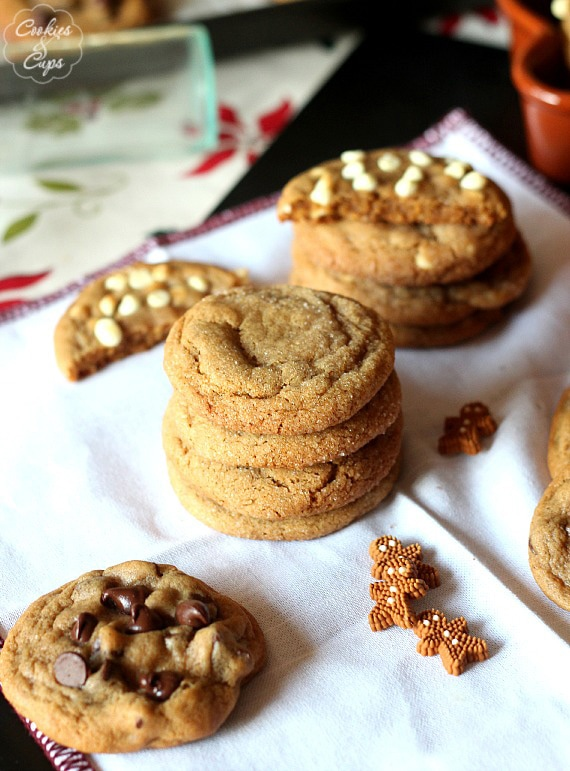 The Best Soft Gingerbread Cookies | www.cookiesandcups.com