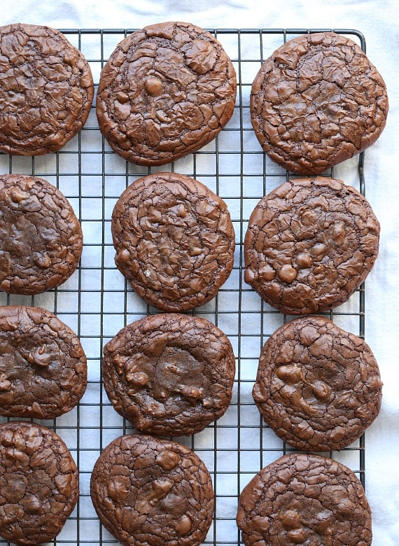 Brownie Cookie Sandwiches ~ The perfect chewy brownie cookie that I filled with frosting and peanut butter!