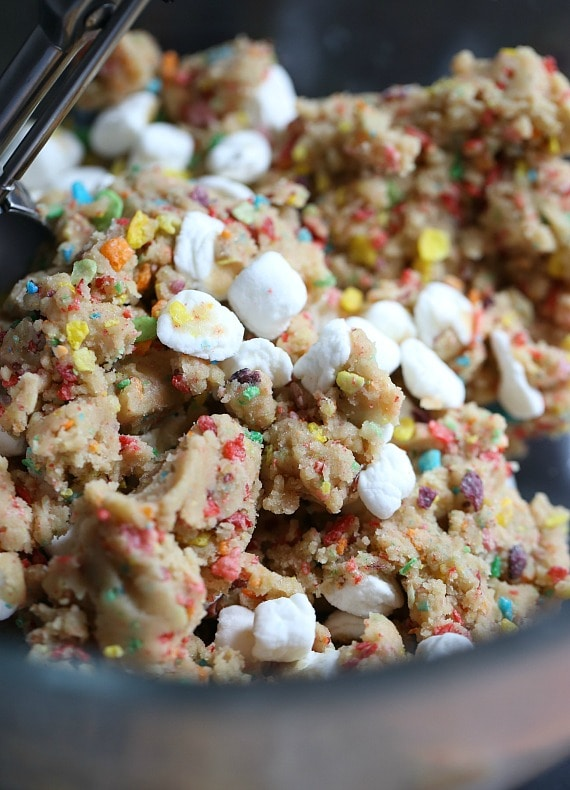 Fruity Pebble Marshmallow Cookies ~ So gooey and sweet!