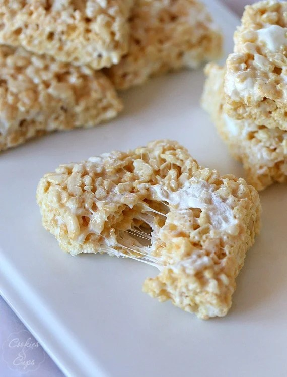 The Perfect Rice Krispie Treat Recipe... so soft and gooey!