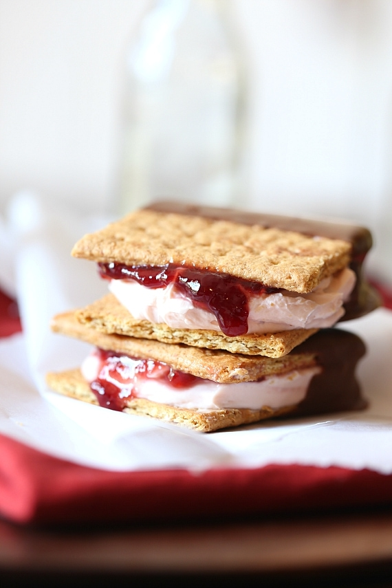 Chocolate Dipped Strawberry Cheesecake Sandwiches