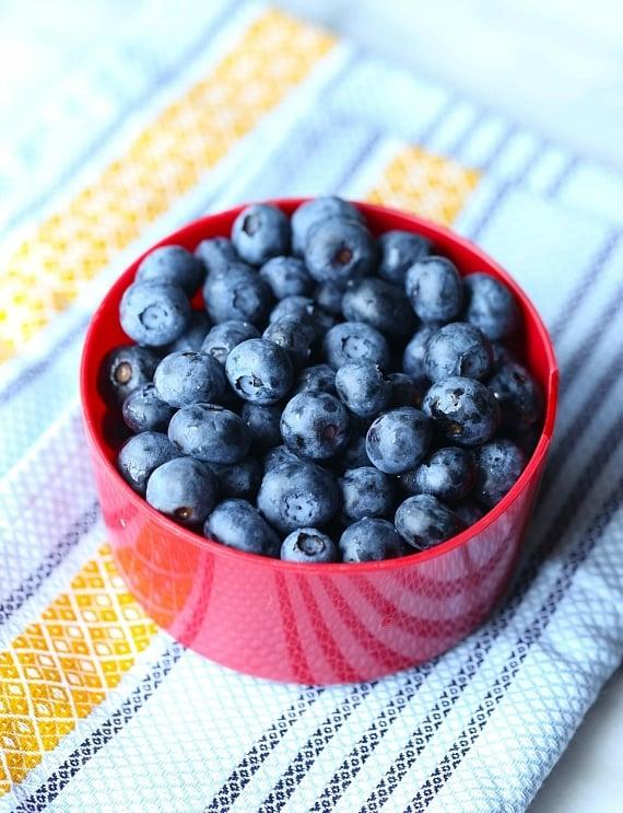 Fresh Blueberries for Blueberry Muffin Cake!