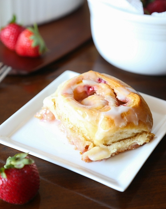 These Strawberry Sweet Cream Rolls are soft, gooey and loaded with strawberries!