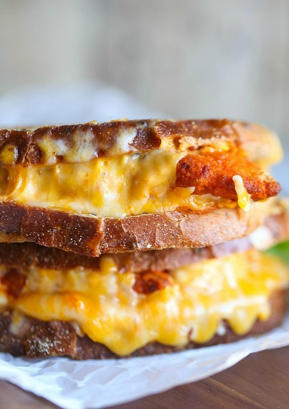 Spicy and Delicious Buffalo Chicken Grilled Cheese