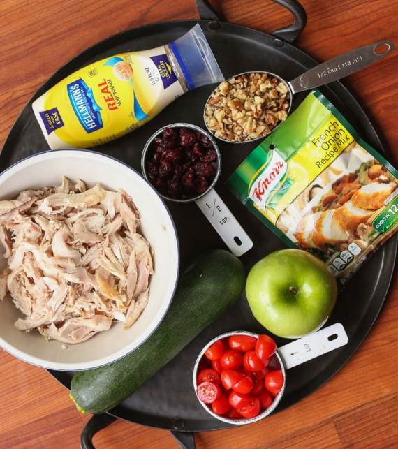 Crunchy Autumn Chicken Salad! SO many fun fall falvors and they mix Knorr French Onion Soup Mix right into the mayo for HUGE FLAVOR! #FallFamilyCooking #ad