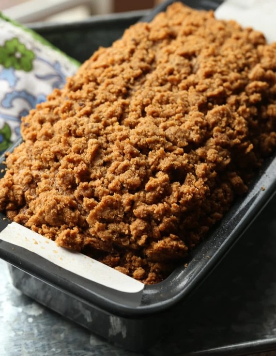 Pumpkin Banana Bread with the most buttery, crumb topping. This is 100% my favorite fall bread right now!
