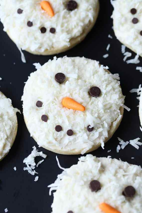 Coconut Snowman Cookies - Cookies and Cups