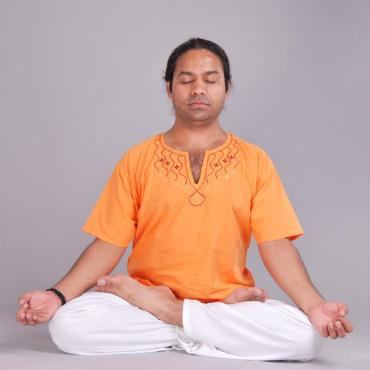 Nirvana Yoga Rishikesh with Yogi Vyas