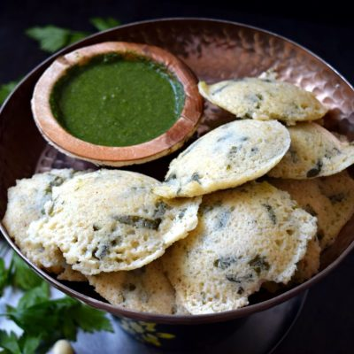 Oil Free Bulgur Wheat Spinach Idli