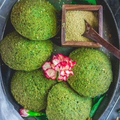 Healthy Green Amaranth Potato Idli | Rajgiri Potato Idli