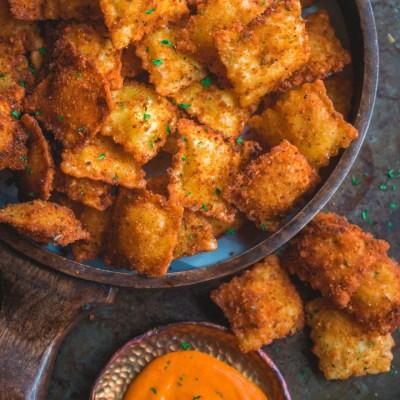 Copycat Olive Garden Cheesy Fried Ravioli Recipe