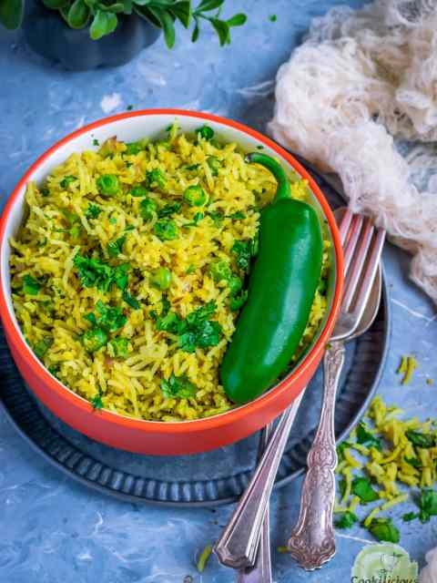 close up shot of a bowl filled with Green Peas Pulao