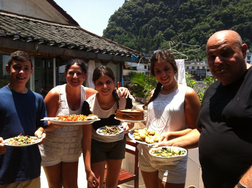 TRAVELING COOKING TOURS