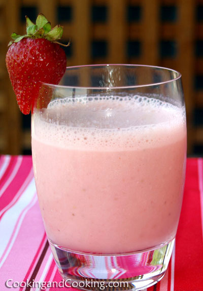 Strawberry Cubes Smoothie Yogurt