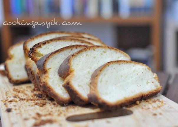 resep roti tawar terbaik, resep roti pizza enak dan empuk, resep roti manis lembut dan empuk