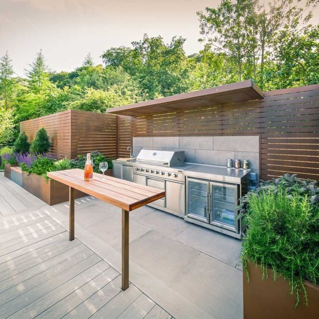 beautiful outdoor cooking station