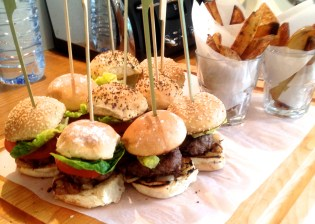 burger, slider, burgers, mini burgers, mini sliders, chips, french fries