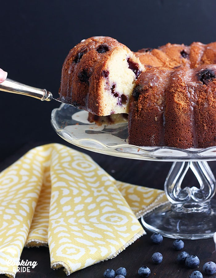 Bourbon Blueberry Pound Cake | The Cooking Bride