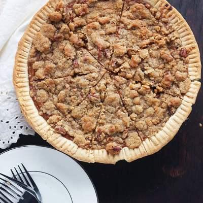 Praline Pecan Southern Sweet Potato Pie