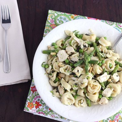 Tortellini with Asparagus, Peas and Mint