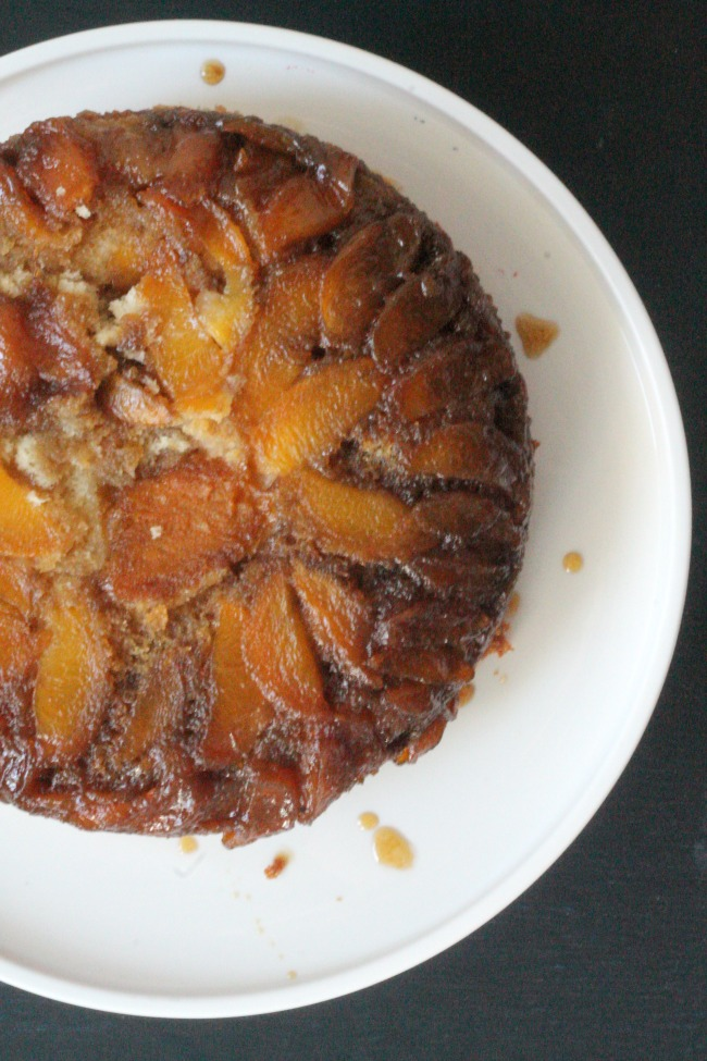 peach bourbon slow cooker upside down cake